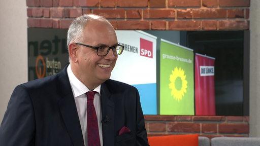 Bürgermeister Andreas Bovenschulte im Studio von buten un binnen.