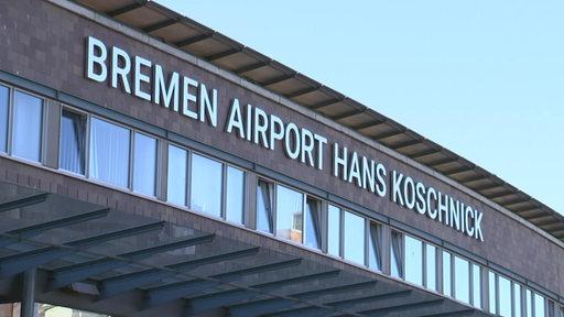 Der Eingang vom Bremer Hans Koschnick Flughafen