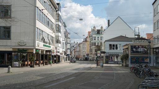 Der menschenleere Ostertorsteinweg in Bremen
