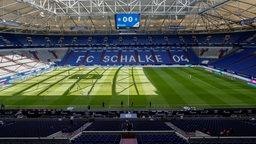 Die Veltins-Arena von Schalke 04 ohne Zuschauer.