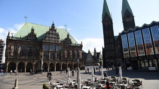 Rathaus, Dom und Bürgerschaft Bremen in der Sonne