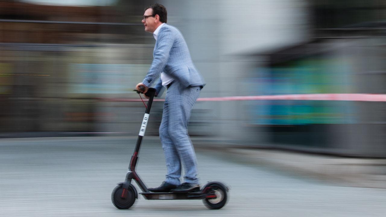 Geplante Verordnung: Worauf E-Scooter-Fahrer achten müssen ...