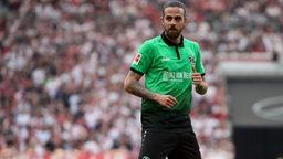 Der Fußballspieler Martin Harnik im Trikot von Hannover 96.