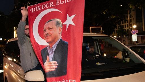 Türken feiern Sieg von Erdogan.