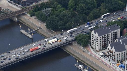 Stephani-Brücke aus der Luft