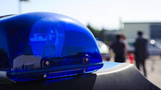 Das Blaulicht eines Polizei-Autos.
