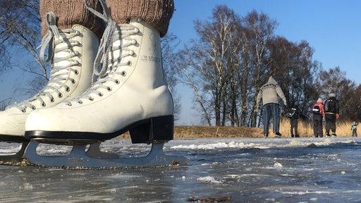 Eislaufen auf der Semkenfahrt
