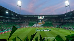 Weser-Stadion wird innen beleuchtet