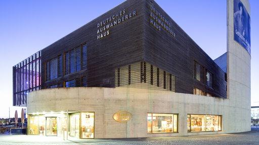 Die Fassade des Auswandererhauses Bremerhaven