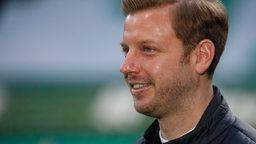 Florian Kohfeldt lächelt.
