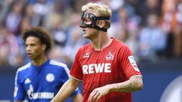 Kevin Vogt spielt für Köln mit einer Gesichtsmaske