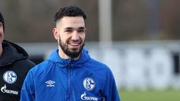 Nabil Bentaleb lächelt.