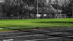 Ein leerer Sportplatz