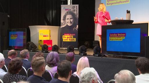 Lencke Steiner auf der Bühne
