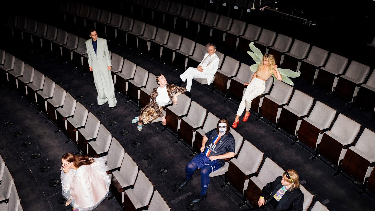Tote-Hose-im-Bremer-Theater-Ein-Blick-hinter-die-Kulissen