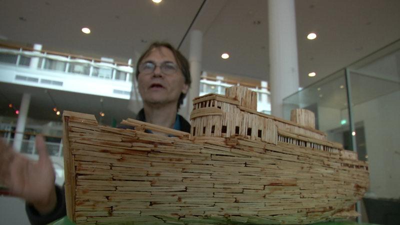 Künstler Bremen künstler baut schiff bremen aus zahnstochern nach buten un binnen